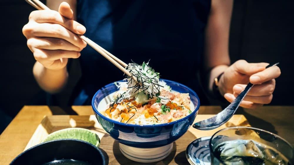 How to Use Chopsticks Like a Japanese? Step-By-Step Guide